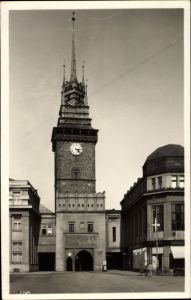 Ak Pardubice Pardubitz Stadt, Zelena brana, Grünes Tor, Turmuhr
