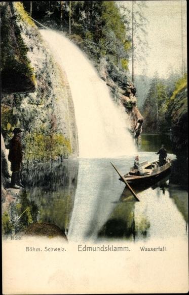 Ak Hřensko Herrnskretschen Elbe Reg. Aussig, Edmundsklamm, Wasserfall, Boot