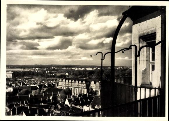 Ak Halle an der Saale, Blick von der Marktkirche auf Dom und Heide