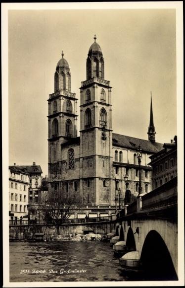 Ak Zürich,Blick auf das Großmünster,Wasserpartie,Brücke