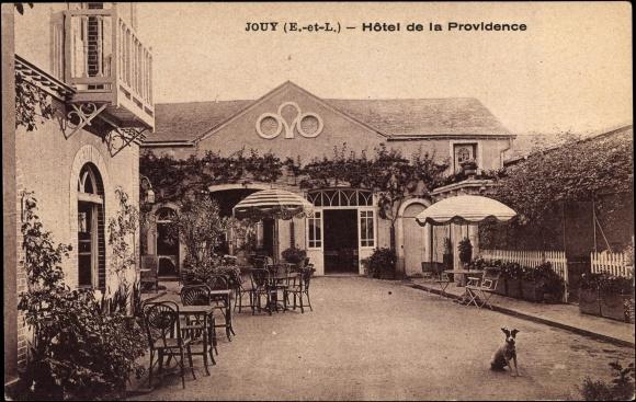Ak Jouy Eure et Loir, Hôtel de la Providence, Innenhof