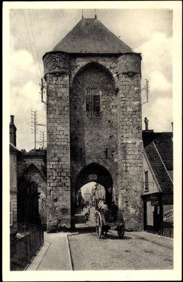 Ak Moret sur Loing Seine et Marne, Porte de Bourgogne et Grande Rue