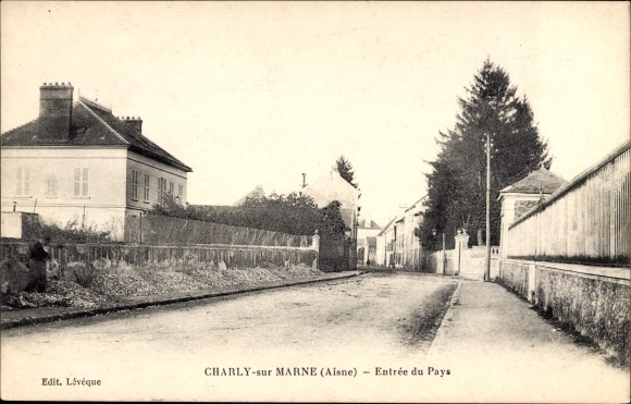 Ak Charly sur Marne Aisne, Entrée du Pays, Einfahrt zum Ort