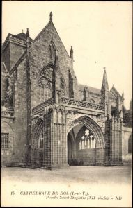 Ak Dol Ille et Vilaine, Cathedrale, Porche Saint Magloire, XIIe siecle, Portal