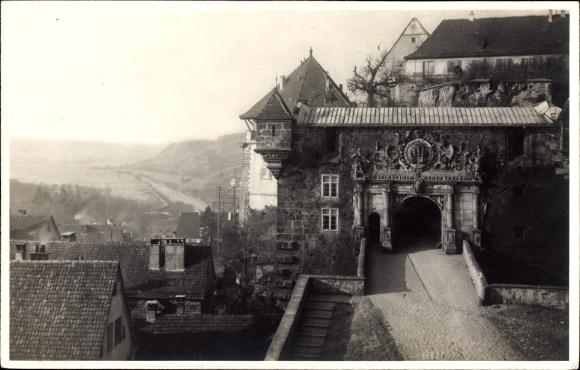 Ak Tübingen am Neckar Baden Württemberg, Blick auf Schlossportal, Hohen Tübingen