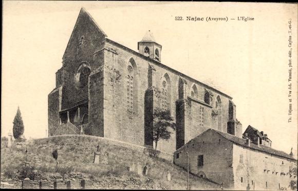 Ak Najac Aveyron, L'Église, Blick hoch zur Kirche