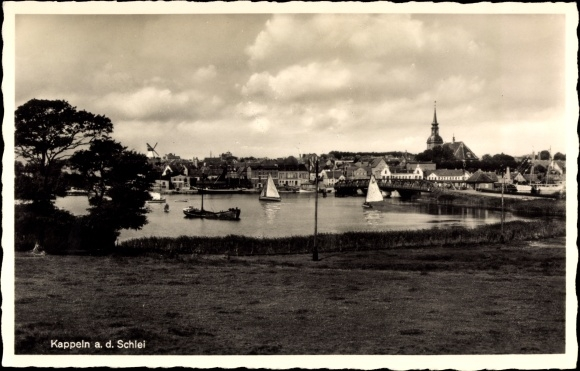 Ak Kappeln an der Schlei, Blick auf die Stadt, Boote auf dem Wasser
