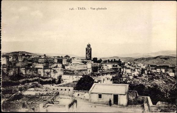Ak Taza Marokko, Vue generale, Blick auf den Ort, Minarett, Häuser