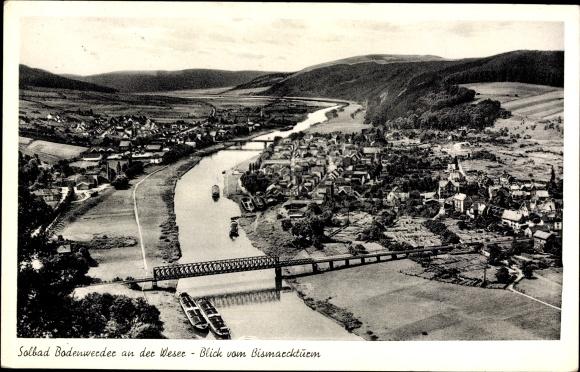 Ak Bodenwerder in Niedersachsen, Blick vom Bismarckturm auf den Ort