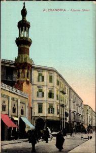 Ak Alexandria Ägypten, Attarine Street, Straßenpartie mit Blick auf Minarett