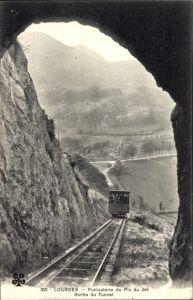 Ak Lourdes Hautes Pyrénées, Funiculaire du Pic de Jer, Sortie du Tunnel