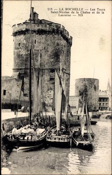 Ak La Rochelle Charente Maritime, Les Tours Saint Nicolas de Chaîne et Lanterne