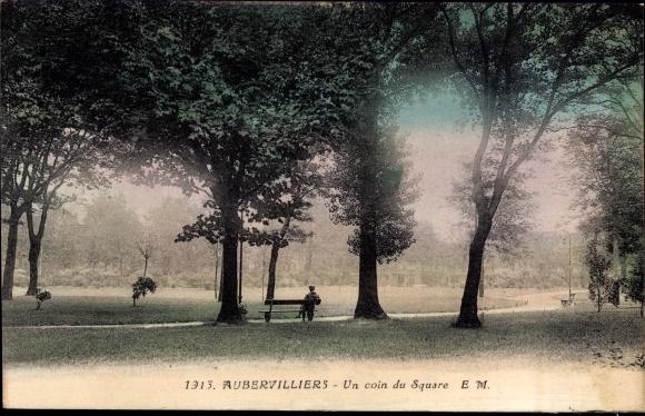Ak Aubervilliers Seine Saint Denis, Un coin du Square