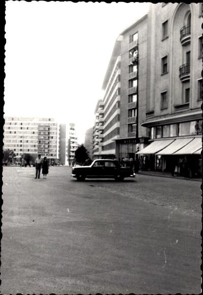 Foto Ak București Bukarest Rumänien, Platz der Republik, Hochhäuser