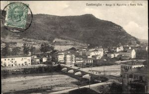 Ak Ventimiglia Liguria, Borgo S. Agostino e fiume Roia, Blick auf den Ort