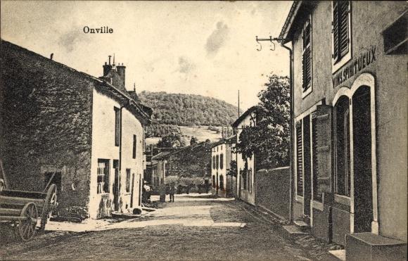 Ak Onville Meurthe et Moselle, Straßenpartie, Vins Spiritueux