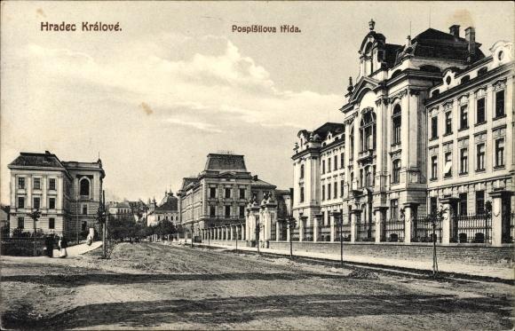 Ak Hradec Králové Königgrätz Stadt, Pospisilova trida, Straßenpartie