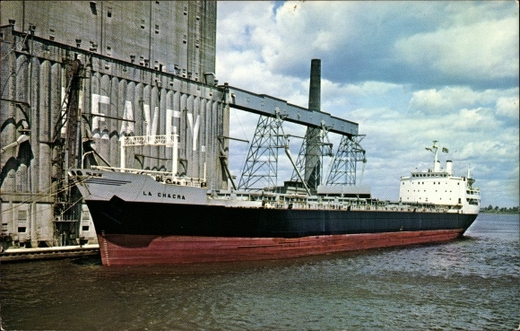 Ak Superior Wisconsin USA, Giant vessel La Chacra loading grain,Peavey Elevator
