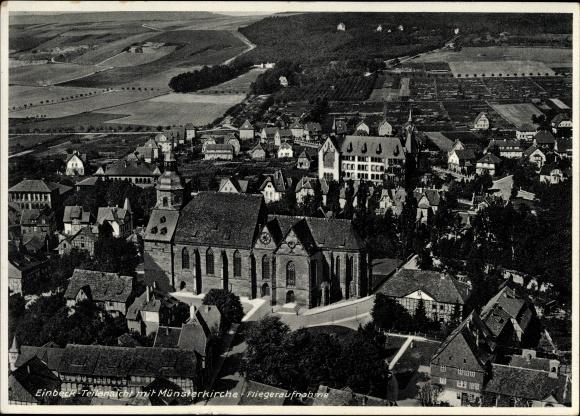 Ak Einbeck in Niedersachsen, Teilansicht mit Münsterkirche, Fliegeraufnahme