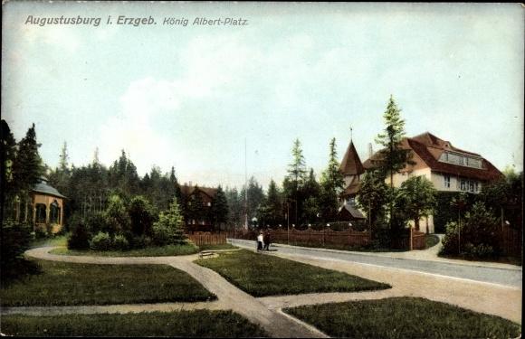Ak Augustusburg im Erzgebirge, Partie am König Albert Platz, Häuser