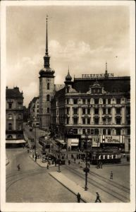 Ak Brno Brünn Südmähren, Blick in die Kirchengasse, Kostelni ulice, Kino Central, Straßenbahn