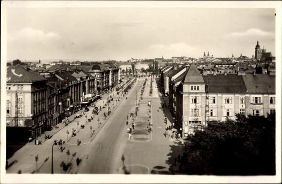 Ak Hradec Králové Königgrätz Stadt, Karlova trida, Straßenpartie