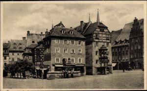 Ak Cheb Eger Reg. Karlsbad, Marktplatz mit Stöckl, Altes Gebäude