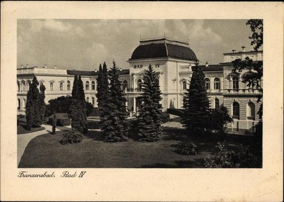 Ak Františkovy Lázně Franzensbad Reg. Karlsbad, Bad IV, Badehaus