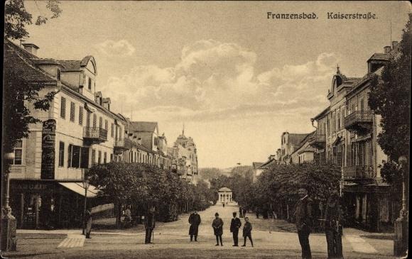 Ak Františkovy Lázně Franzensbad Reg. Karlsbad, Kaiserstraße, Geschäft