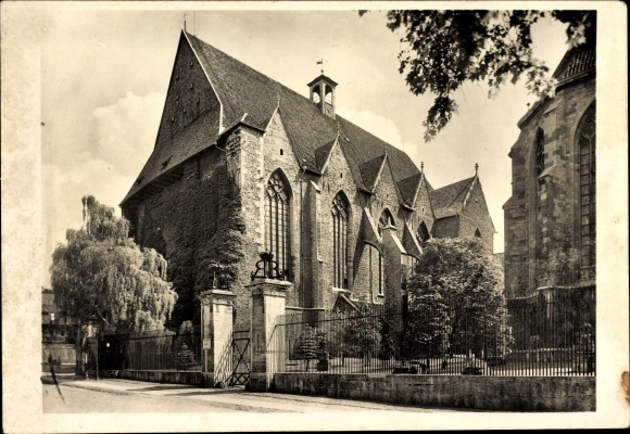 Ak Braunschweig in Niedersachsen, Totalansicht der Aegidienkirche