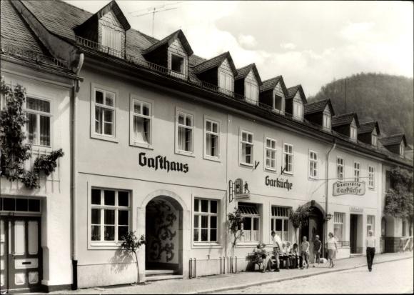 Ak Leutenberg in Thüringen, Außenansicht der Gaststätte Garküche, Passanten