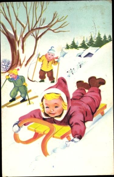 Ak Kinder fahren Schlitten und Ski, Wintersport, Abfahrt vom Hügel
