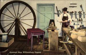 Ak Williamsburg Virginia USA, Ayscough Shop, Tischler in der Werkstatt