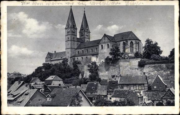 Ak Quedlinburg im Harz, Blick über die Dächer auf das Schloss