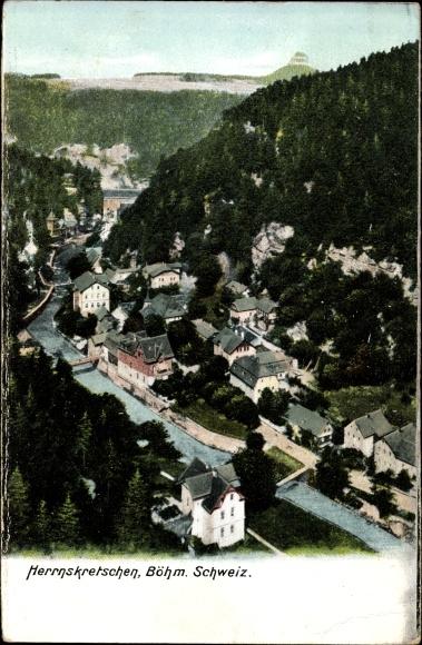 Ak Hřensko Herrnskretschen Elbe Reg. Aussig, Vogelschau auf den Ort im Tal