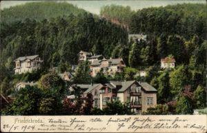 Ak Friedrichroda im Thüringer Wald, Teilansicht der Stadt, Wald