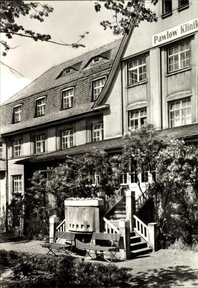 Ak Augustusburg im Erzgebirge, Pawlow Klinik, Eingangstreppe