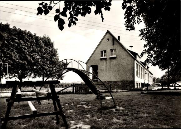 Klettergerüst Haus : Ak deiringsen soest in nordrhein westfalen blick auf spielplatz