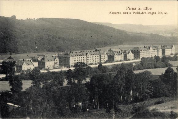 Ak Pirna in Sachsen, Kaserne des 5. Feld Art. Regts. Nr. 64
