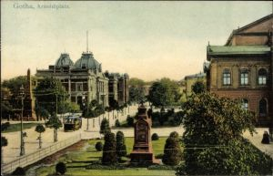 Ak Gotha im Thüringer Becken, Ansicht vom Arnoldiplatz, Denkmal, Straßenbahn