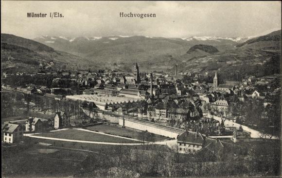 Ak Munster Münster Elsass Haut Rhin, Ortsansicht in den Hochvogesen