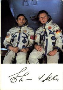 Ak Kosmonauten W. Bykowski und Siegmund Jähn, Kosmosflug