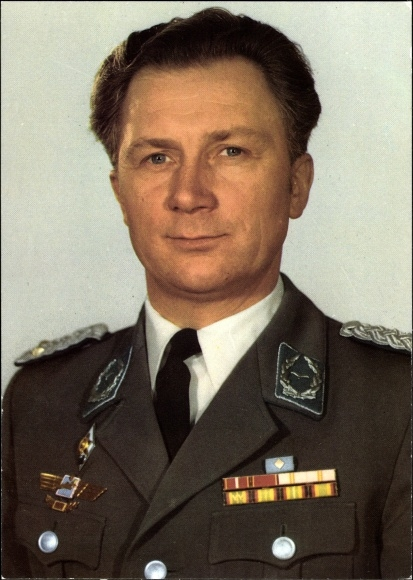 Ak Kosmonaut Siegmund Jähn, erster Fliegerkosmonaut der DDR