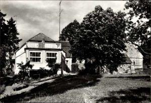 Ak Carwitz Feldberger Seenlandschaft, Blick auf das Hans Fallada Haus