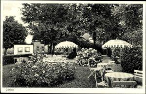 Ak Bad Iburg in Niedersachsen, Gast und Kaffeehaus Zum Dörenberg, Inh. H. Bäumker, Garten