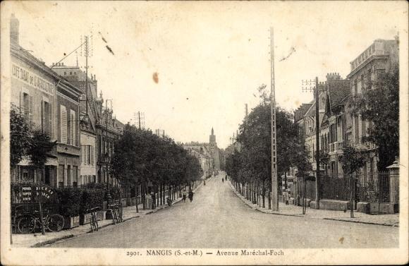Ak Nangis Seine et Marne, Avenue Marechal Foch