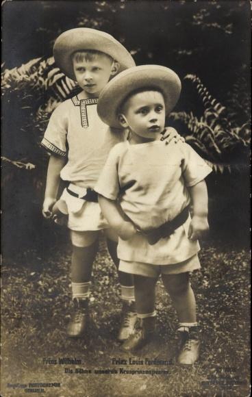 Ak Söhne des deutschen Kronprinzenpaares, Prinz Wilhelm, Prinz Louis Ferdinand