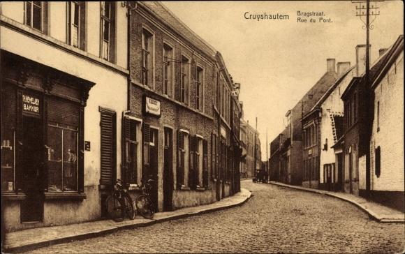 Ak Cruyshautem Ostflandern, Rue du Pont, Blick in die Straße, Brugstraat, Rue du Pont, Bakker