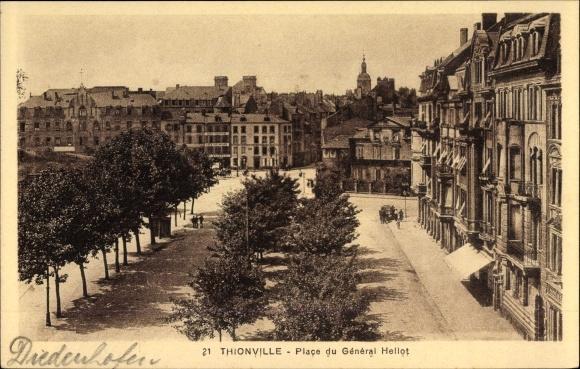 Ak Thionville Diedenhofen Lothringen Moselle, Place du Général Hellot