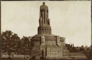 Ak Hamburg Mitte Neustadt, Blick auf das Bismarckdenkmal